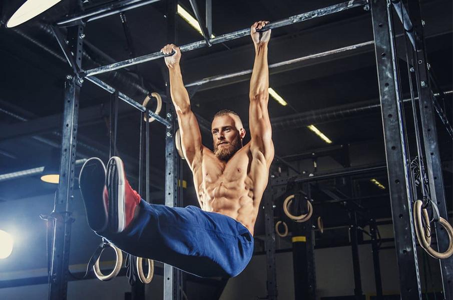 4-Exercícios-Isométricos-para-Construir-Músculos-Elevação-de-Pernas-Barra-Fixa